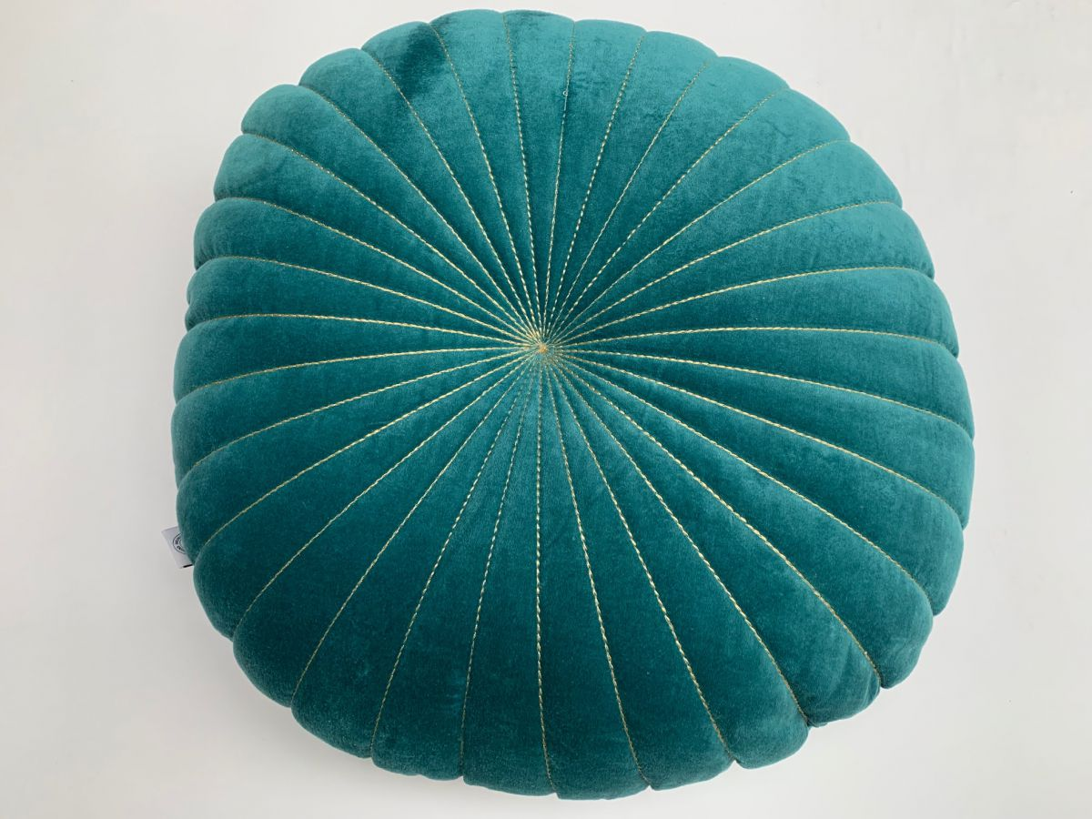kussen fluweel 40 cm koloniaal blauw met goud stiksel dubbelzijdig
