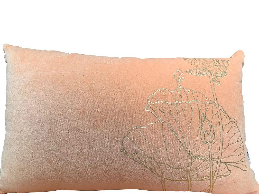 kussen fluweel peach rechthk 50x30cm print lotus goud