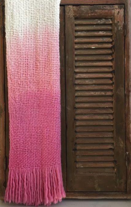 throw acrylic woven pink dip dye design 130x170cm